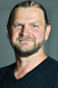 John gespielt von HansDanner