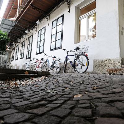 Innenhof Adolf-Pichler-Platz 8